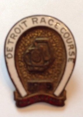 1955 DRC Photographers Pin