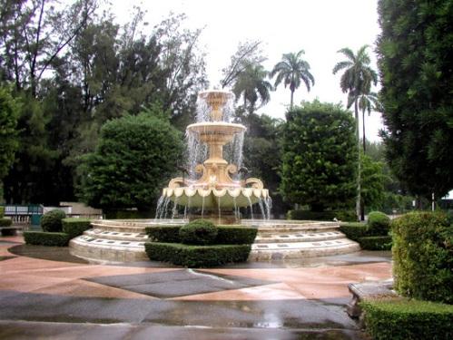 Flamingo-Fountain-icuban_mr