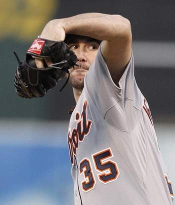 Justin Shuts Out A's to Clinch ALDS 2013