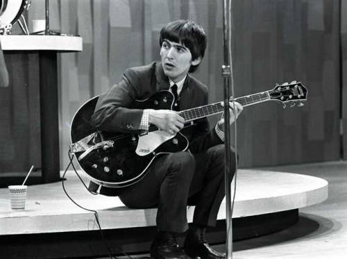 George Harrison1964-The-Beatles