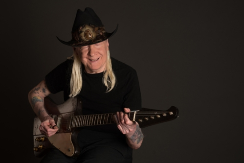 Johnny_Winters