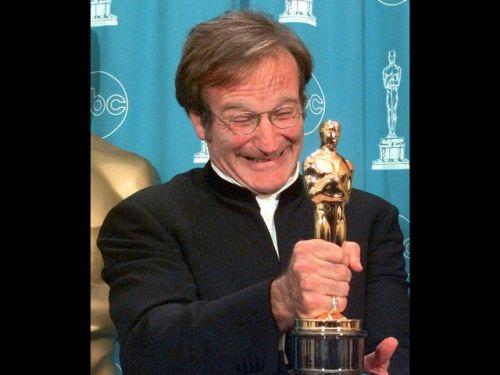 Robin Williams with Oscar