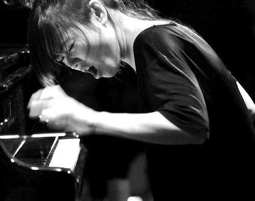 Hiromi Uehara at work