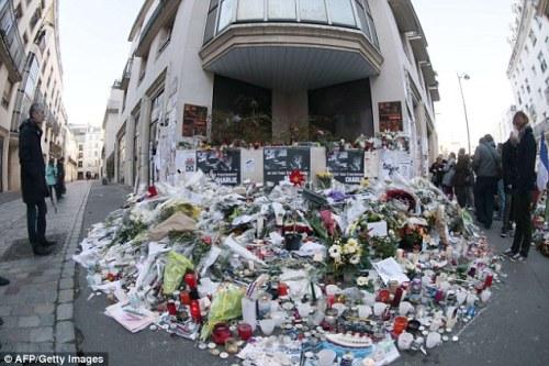 Memorial at the doors of Charlie Hebdo