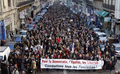 Paris_march_650_AP