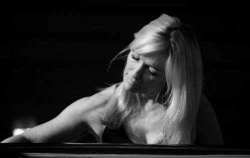 llsa-hilton-_-jazz-pianist